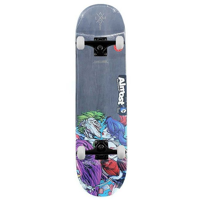 dc-comics-joker-suicide-squad-skateboard-almost-planche-650-x-650