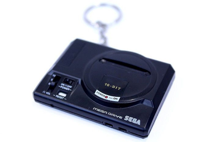 porte-cles-sega-mega-drive-console-salon-retrogaming-700-x-466