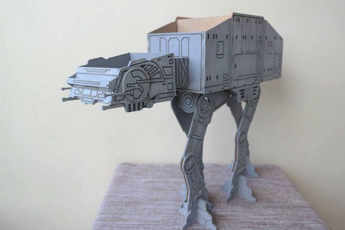 star-wars-at-at-accesoire-ranger-bureau-replique-stylo-objet-2-700-x-466