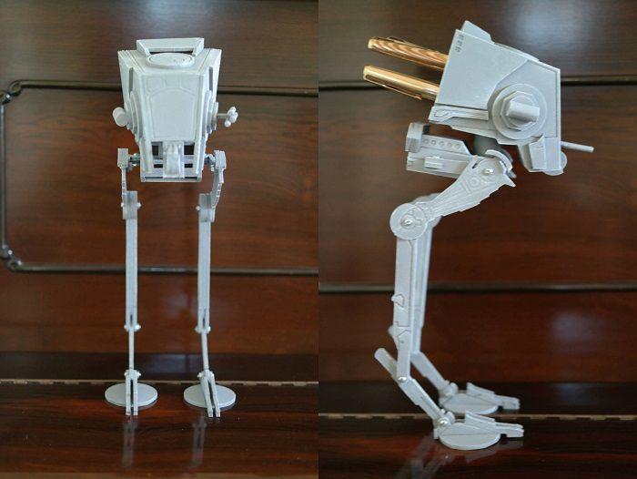 star-wars-at-st-accesoire-ranger-bureau-replique-stylo-objet-700-x-526
