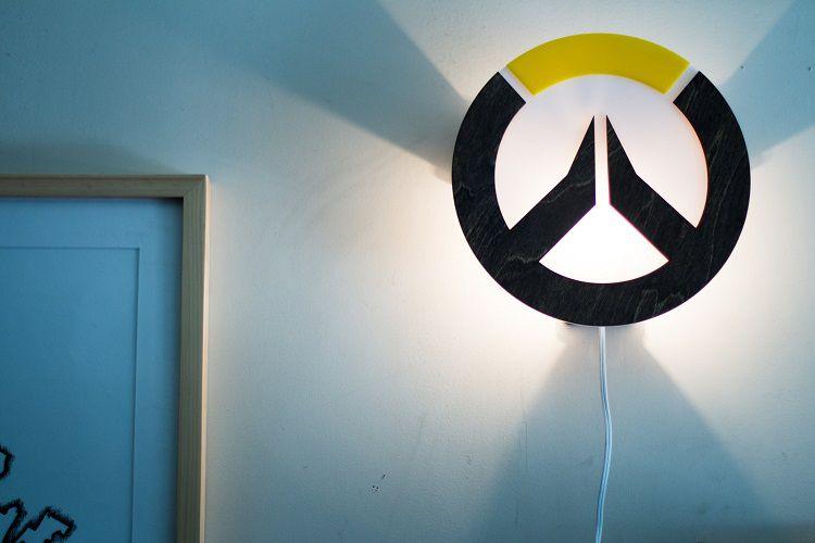lampe-overwatch-logo-decoration-750-x-500